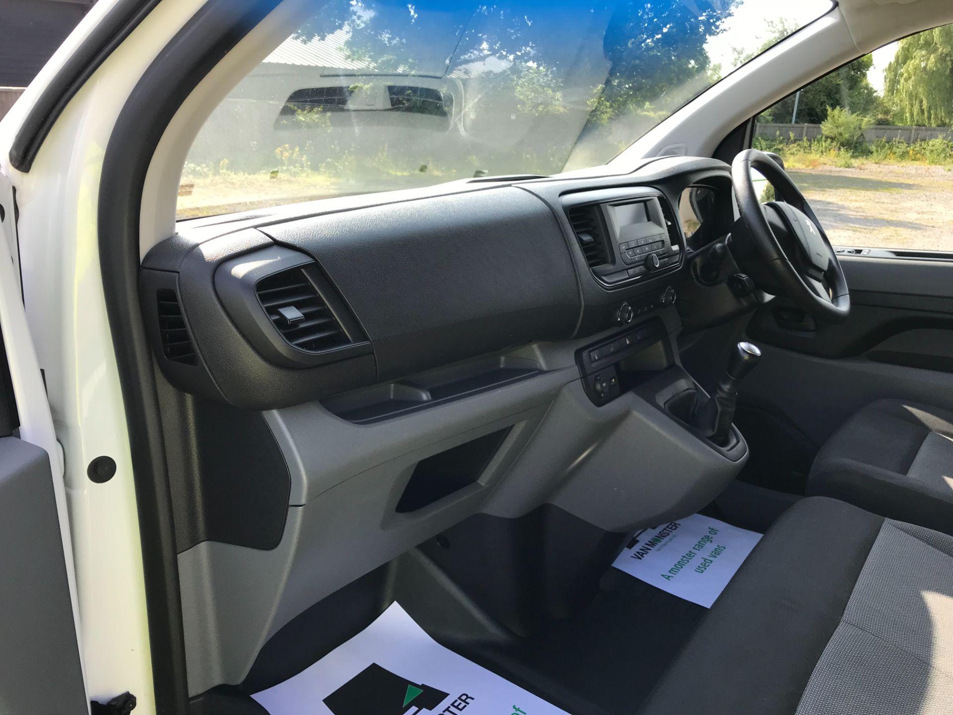 2017 Peugeot Expert  STANDARD 1000 1.6 BLUEHDI 95 S EURO 6 (NU67MFK) Image 23