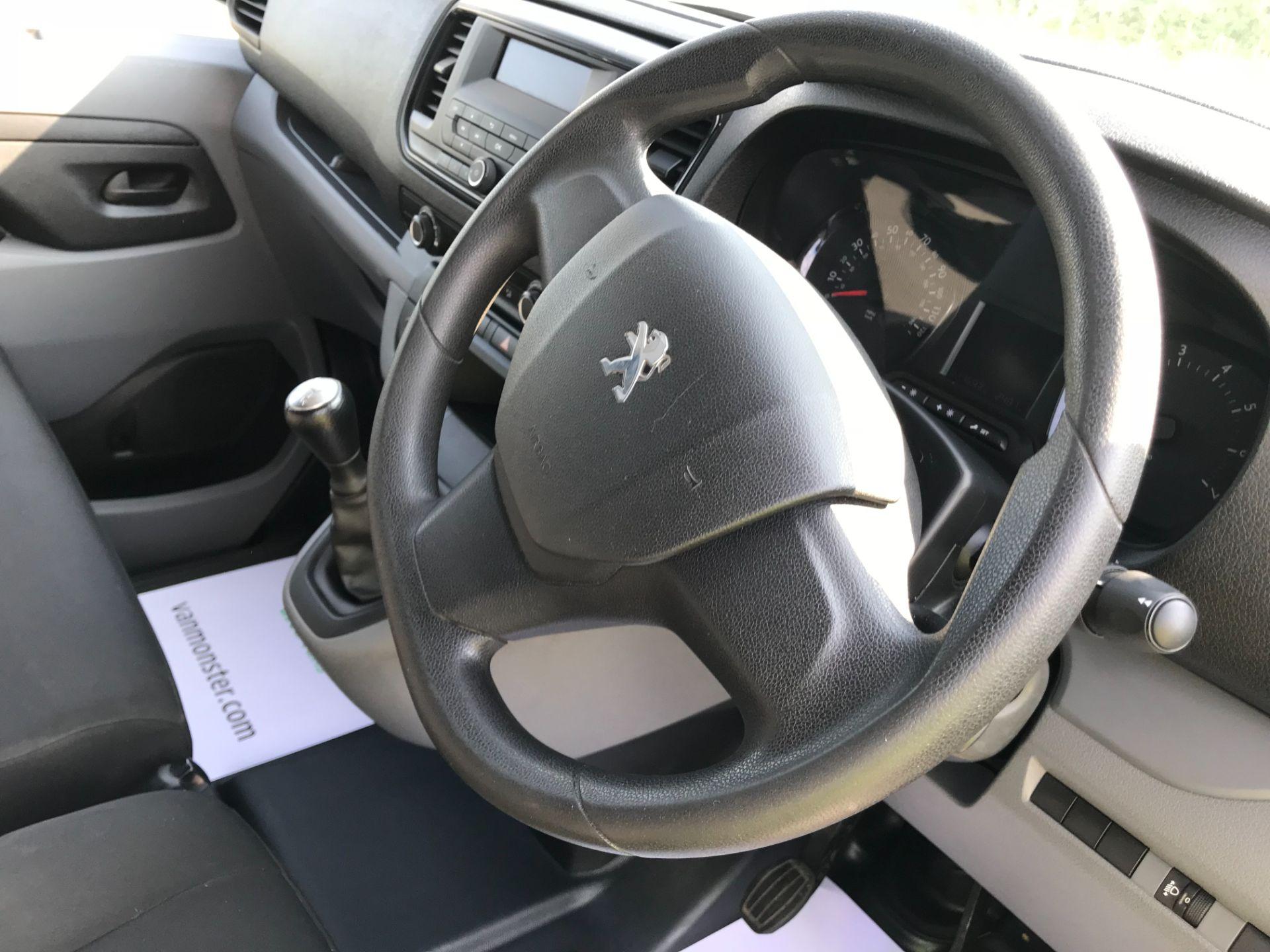 2017 Peugeot Expert  STANDARD 1000 1.6 BLUEHDI 95 S EURO 6 (NU67MFK) Image 28