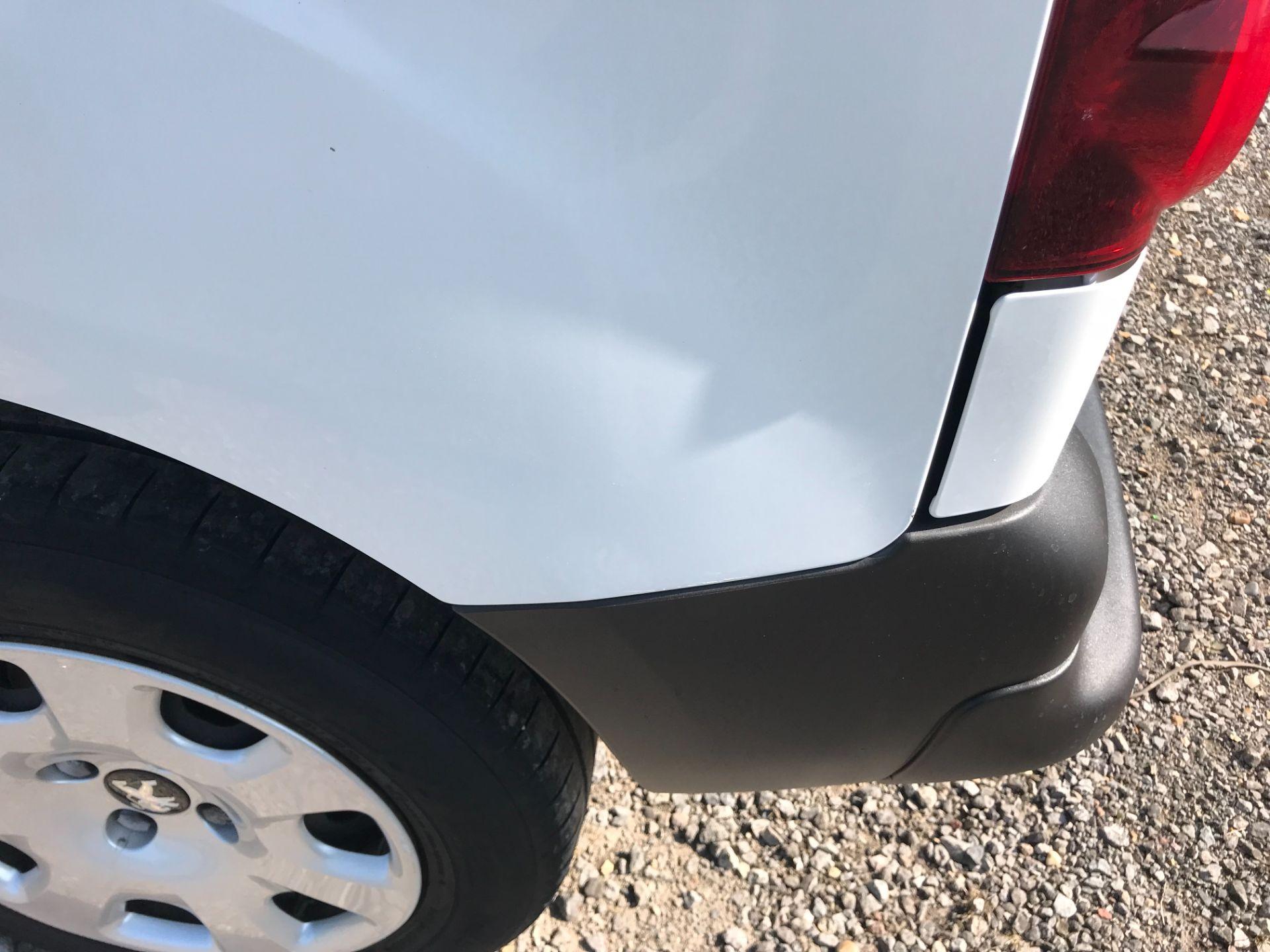 2017 Peugeot Partner 850 1.6 Bluehdi 100 Professional Van [Non Ss] EURO 6 (NU67NNR) Image 55