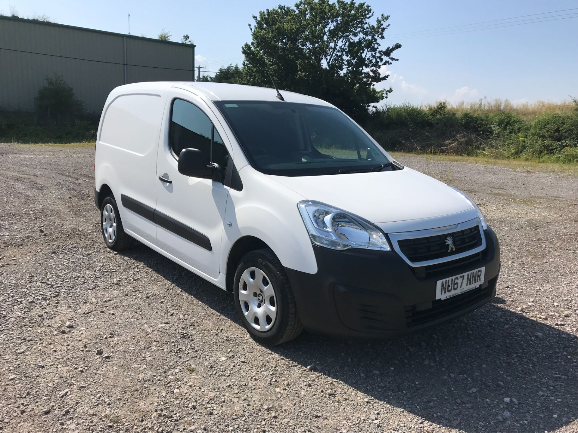 2017 Peugeot Partner 850 1.6 Bluehdi 100 Professional Van [Non Ss] EURO 6 (NU67NNR)