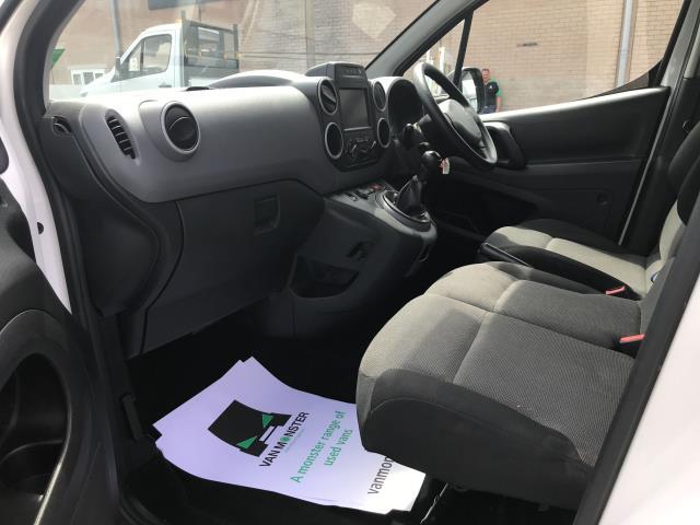 2017 Peugeot Partner L1 850 1.6BLUEHDI 100PS PROFESSIONAL EURO 6 (NU67NPJ) Image 22