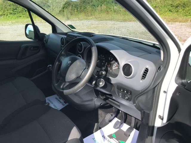 2017 Peugeot Partner L1 850 1.6 BLUEHDI 100 PROFESSIONAL (NON S/S)EURO 6 (NU67NPY) Image 16