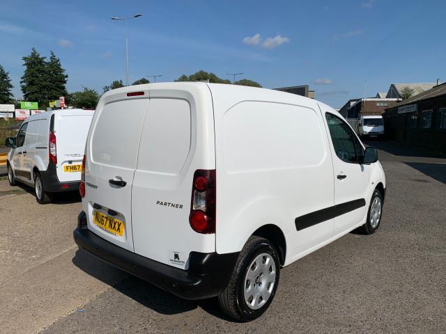 2017 Peugeot Partner 850 1.6 Bluehdi 100 Professional Van [Non Ss] (NU67NXX) Image 12