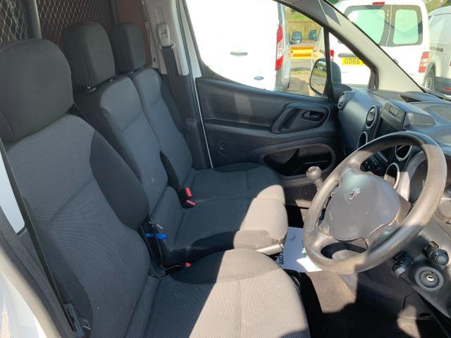2017 Peugeot Partner 850 1.6 Bluehdi 100 Professional Van [Non Ss] (NU67NXX) Image 14