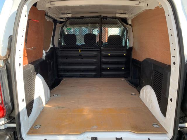 2017 Peugeot Partner 850 1.6 Bluehdi 100 Professional Van [Non Ss] (NU67NXX) Image 11