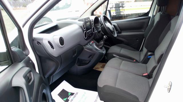 2017 Peugeot Partner 850 1.6 Bluehdi 100 Professional Van [Non Ss] (NU67NYF) Image 16