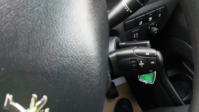 2017 Peugeot Partner 850 1.6 Bluehdi 100 Professional Van [Non Ss] (NU67NYF) Image 27