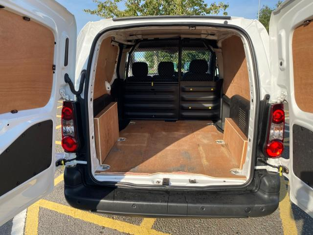 2017 Peugeot Partner 850 1.6 Bluehdi 100 Professional Van [Non Ss] (NU67OAX) Image 10