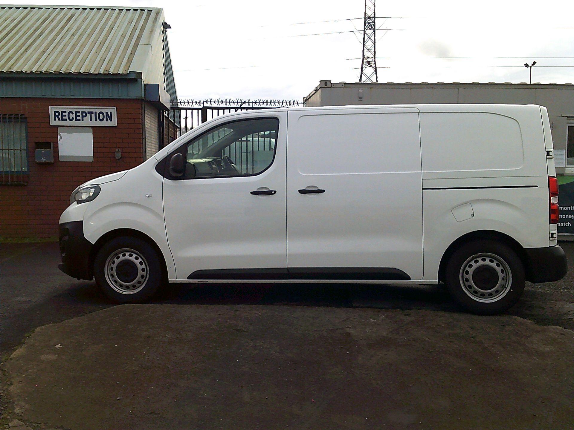 2017 Peugeot Expert 1000 1.6 Bluehdi 95 S Van (NU67ONA) Image 4