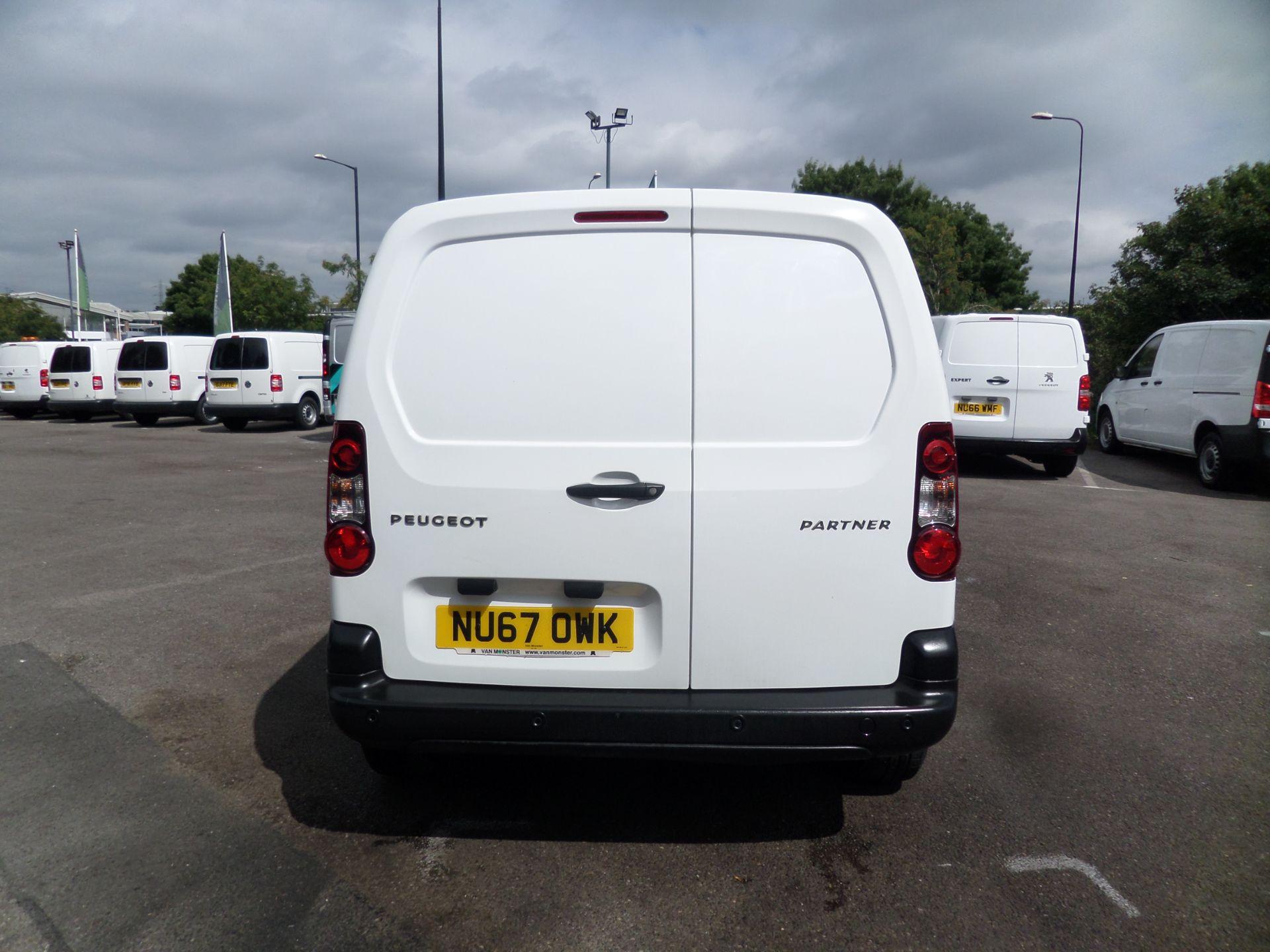 2017 Peugeot Partner 850 1.6 Bluehdi 100 Professional Van [Non Ss] Euro 6 (NU67OWK) Image 3