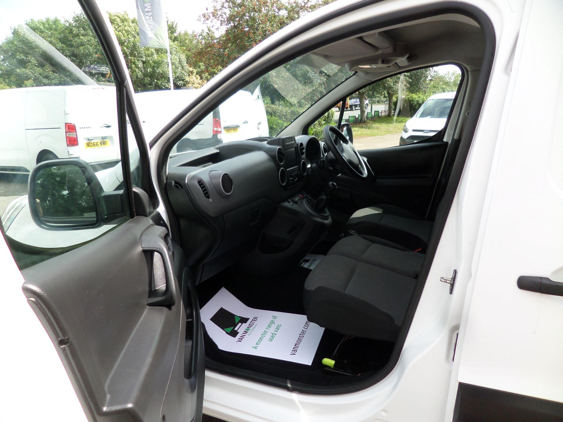2017 Peugeot Partner 850 1.6 Bluehdi 100 Professional Van [Non Ss] Euro 6 (NU67OWK) Image 9