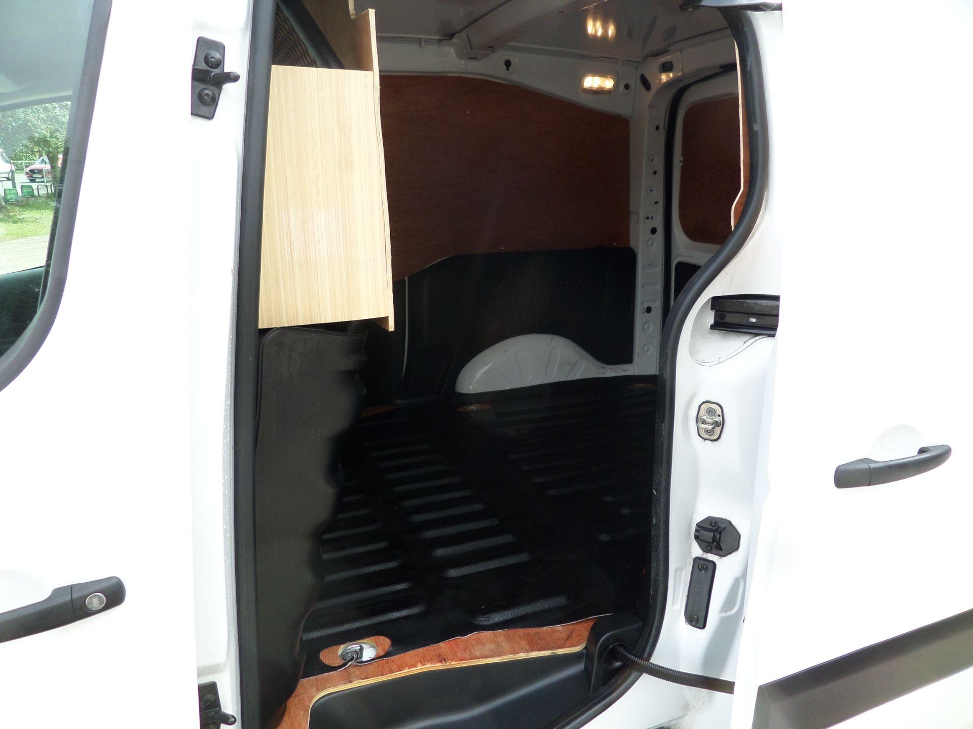2017 Peugeot Partner 850 1.6 Bluehdi 100 Professional Van [Non Ss] Euro 6 (NU67OWK) Image 8