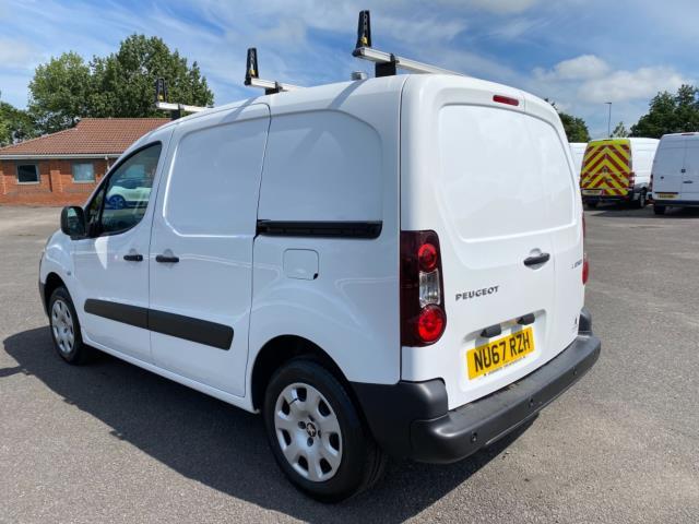 2017 Peugeot Partner 850 1.6 Bluehdi 100 Professional Van [Non Ss] (NU67RZH) Image 5