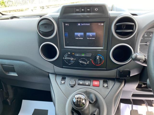 2017 Peugeot Partner 850 1.6 Bluehdi 100 Professional Van [Non Ss] (NU67RZH) Image 16