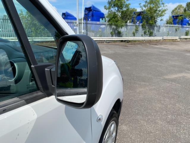 2017 Peugeot Partner 850 1.6 Bluehdi 100 Professional Van [Non Ss] (NU67RZH) Image 10