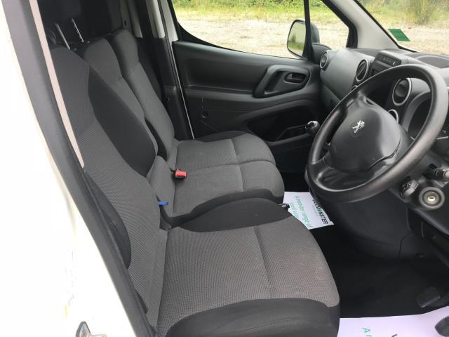 2017 Peugeot Partner L1 850 1.6 BLUEHDI 100 PROFESSIONAL (NON S/S)EURO 6 (NU67SBZ) Image 16
