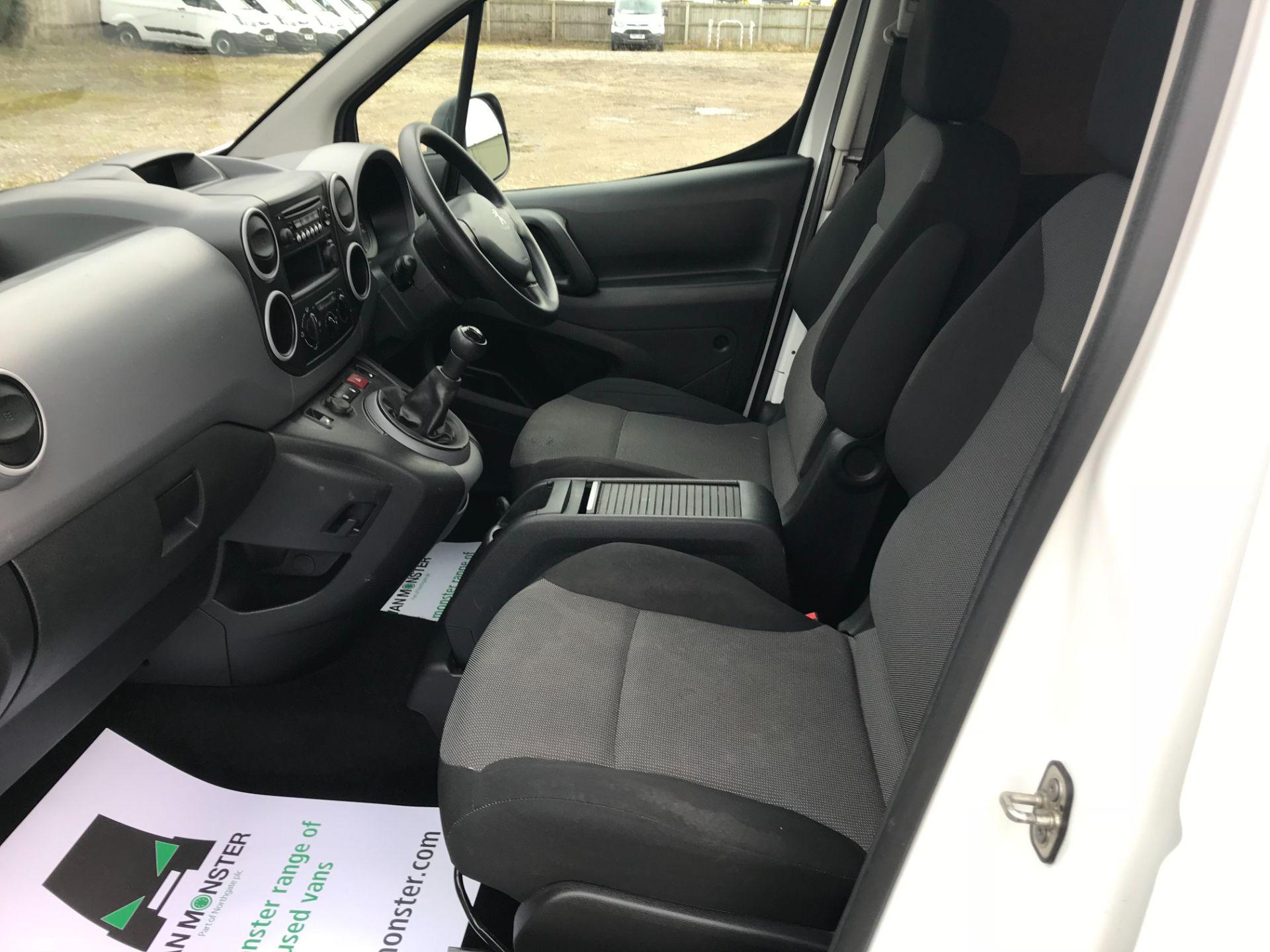 2017 Peugeot Partner  L2 715 S 1.6 BLUEHDI 100 CREW VAN EURO 6 (NU67TVD) Image 17