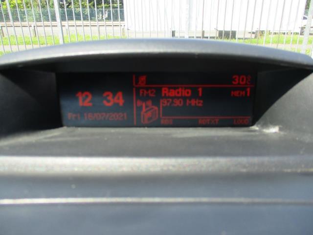 2017 Peugeot Partner L2 750 S 1.6 BLUEHDI 100 VAN EURO 6  (NU67VNM) Image 23