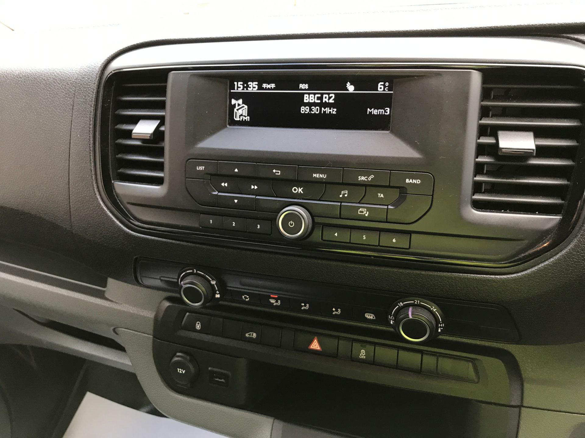 2017 Peugeot Expert 1000 1.6BLUEHDI S 95PS EURO 6 (NU67XYA) Image 3