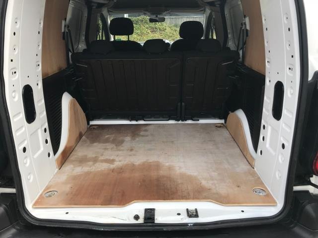 2017 Peugeot Partner 715 S 1.6 Bluehdi 100 Crew Van Euro 6 (NU67YLJ) Image 14