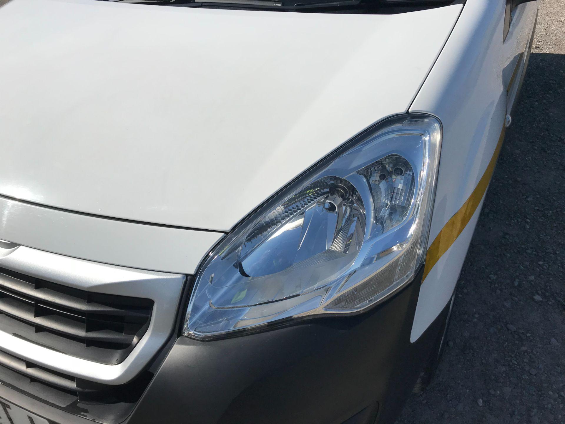 2017 Peugeot Partner L1 850 1.6 BLUEHDI 100 PROFESSIONAL (NON S/S)EURO 6 (NU67ZTJ) Image 19