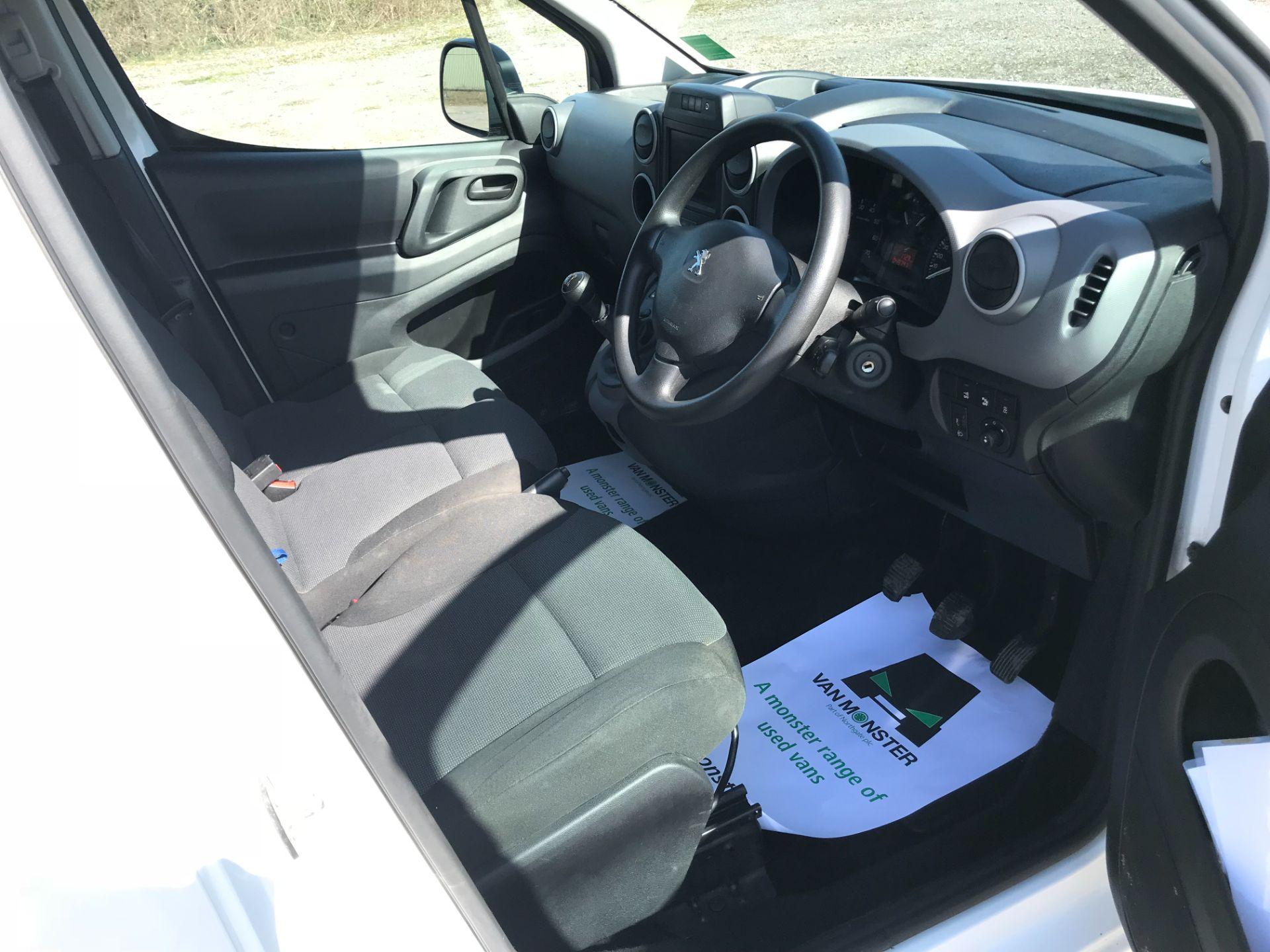 2017 Peugeot Partner L1 850 1.6 BLUEHDI 100 PROFESSIONAL (NON S/S)EURO 6 (NU67ZTJ) Image 23