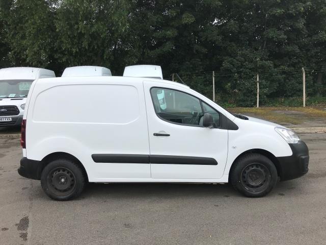 2017 Peugeot Partner L1 850 1.6 BLUEHDI 100 PROFESSIONAL (NON S/S)EURO 6 (NU67ZYR) Image 10