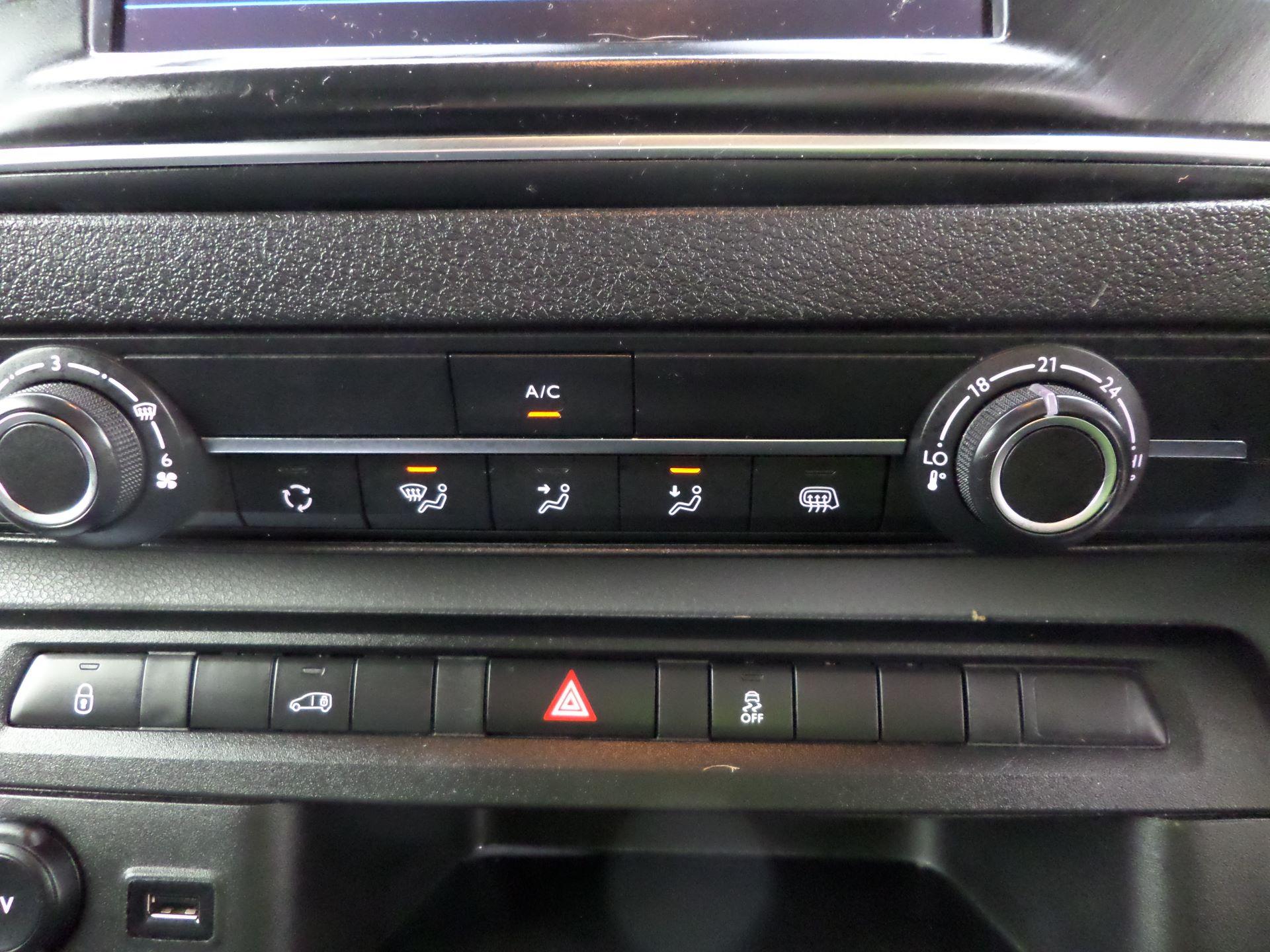2018 Peugeot Expert 1000 1.6 Bluehdi 95 Professional Van Euro 6 (NU68BFX) Image 14