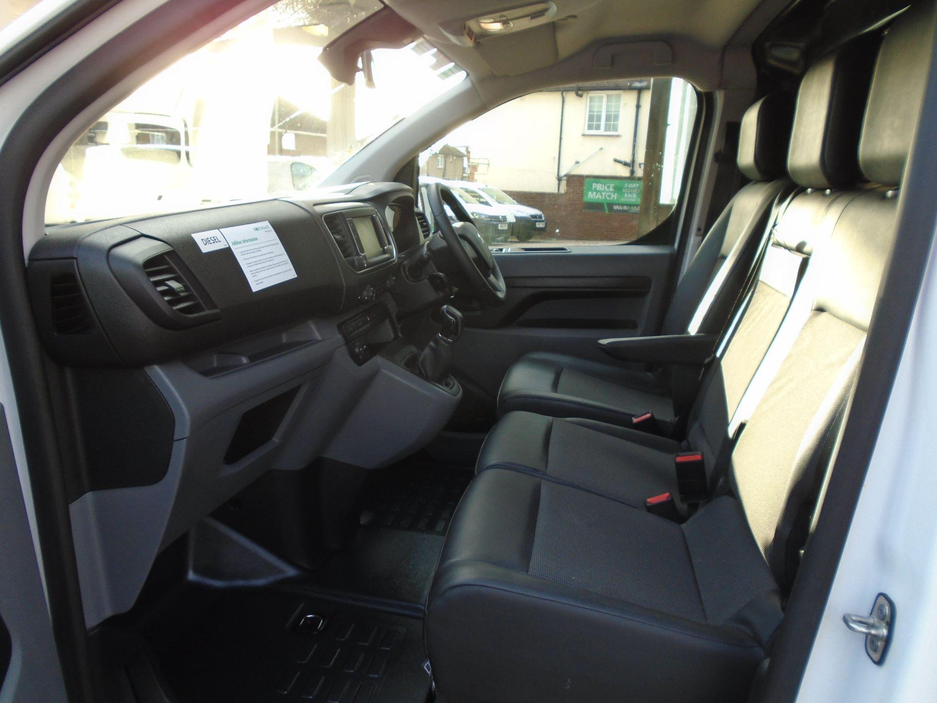 2018 Peugeot Expert 1000 1.6 Bluehdi 95 Professional Van(EURO 6) (NU68GBY) Image 22