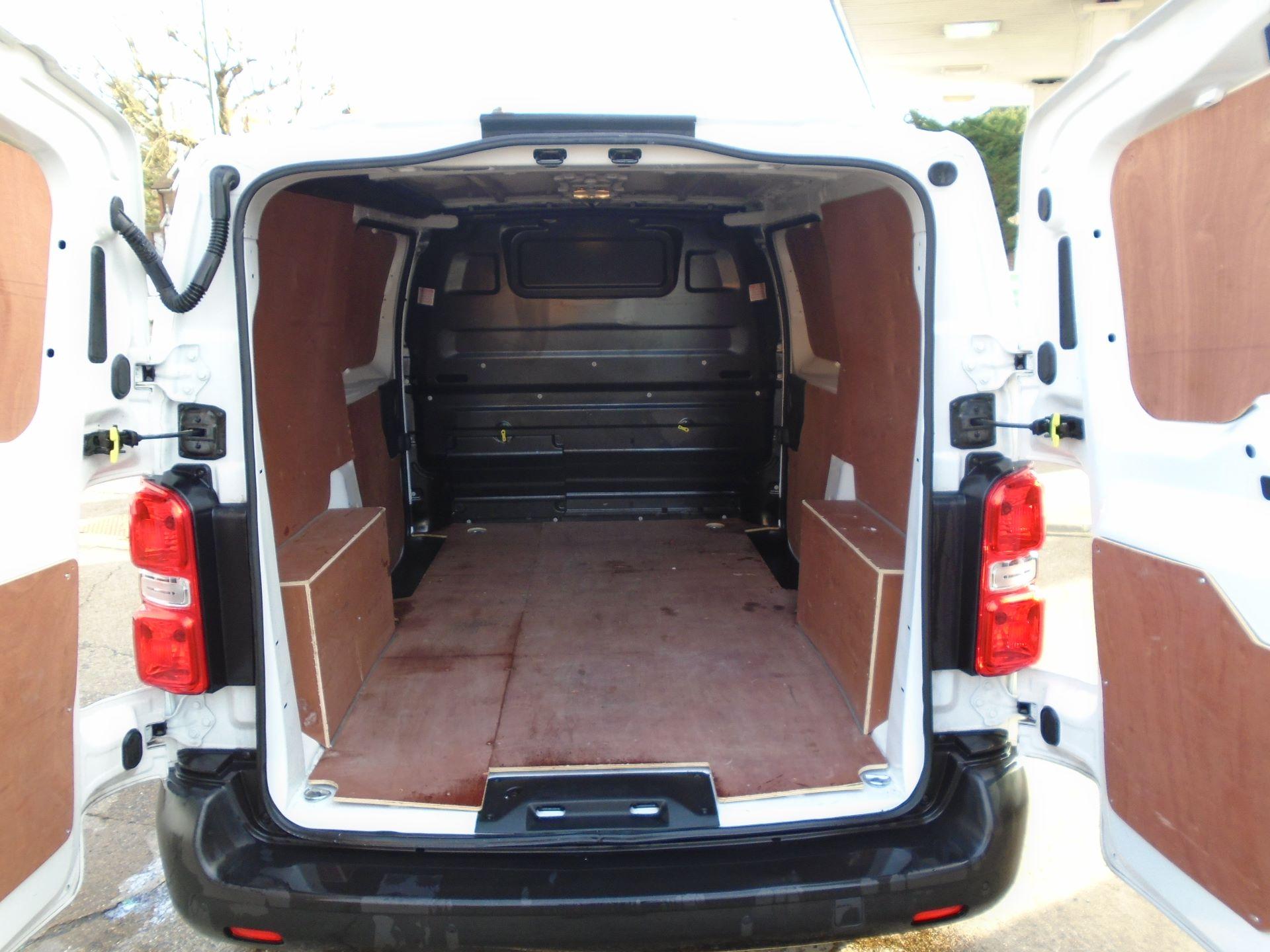 2018 Peugeot Expert 1000 1.6 Bluehdi 95 Professional Van(EURO 6) (NU68GBY) Image 10