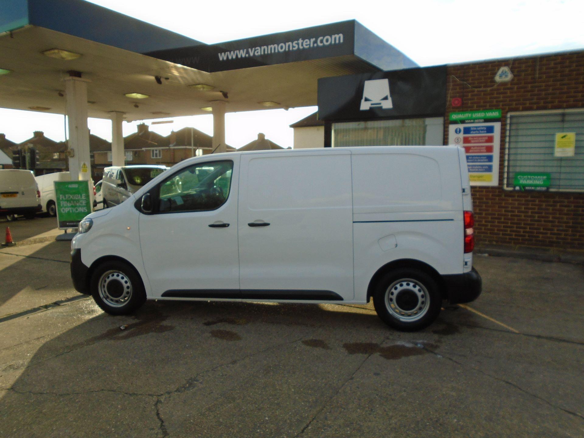 2018 Peugeot Expert 1000 1.6 Bluehdi 95 Professional Van(EURO 6) (NU68GBY) Image 6