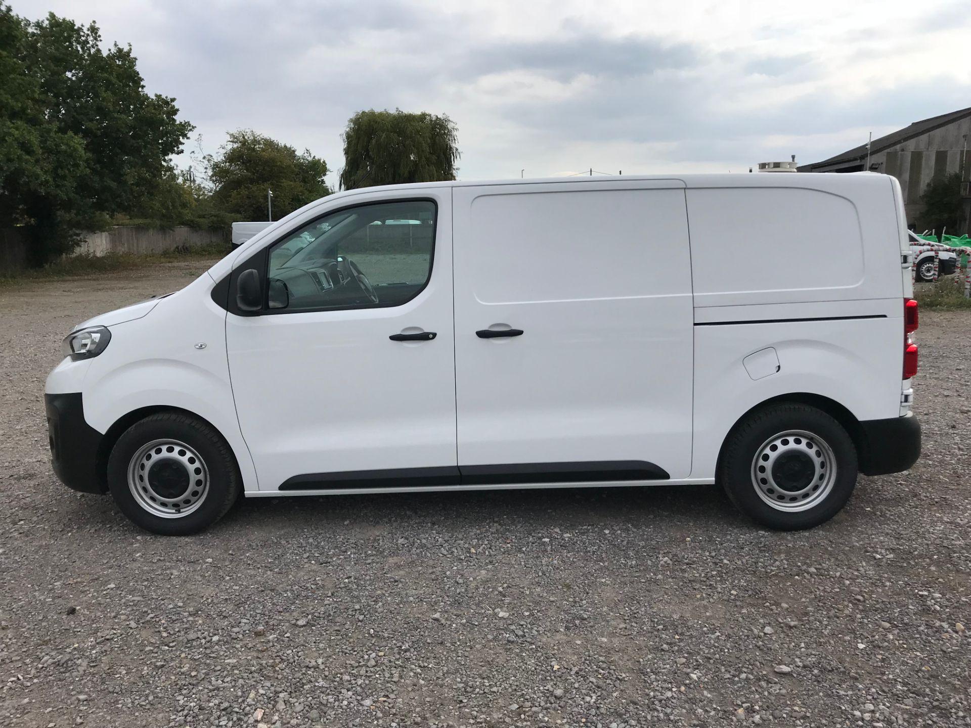2018 Peugeot Expert 1000 1.6 Bluehdi 95 Professional Van (NU68GFK) Image 7