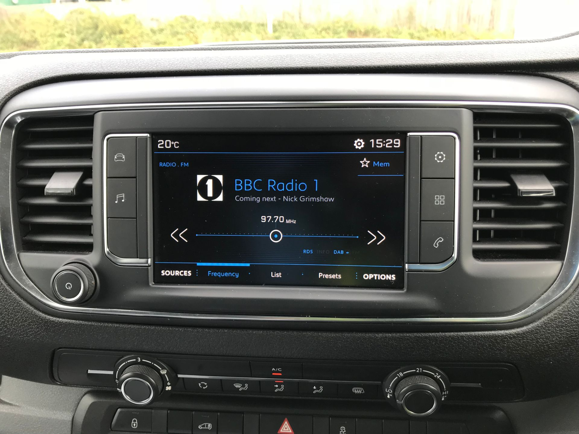 2018 Peugeot Expert 1000 1.6 Bluehdi 95 Professional Van (NU68GFK) Image 28