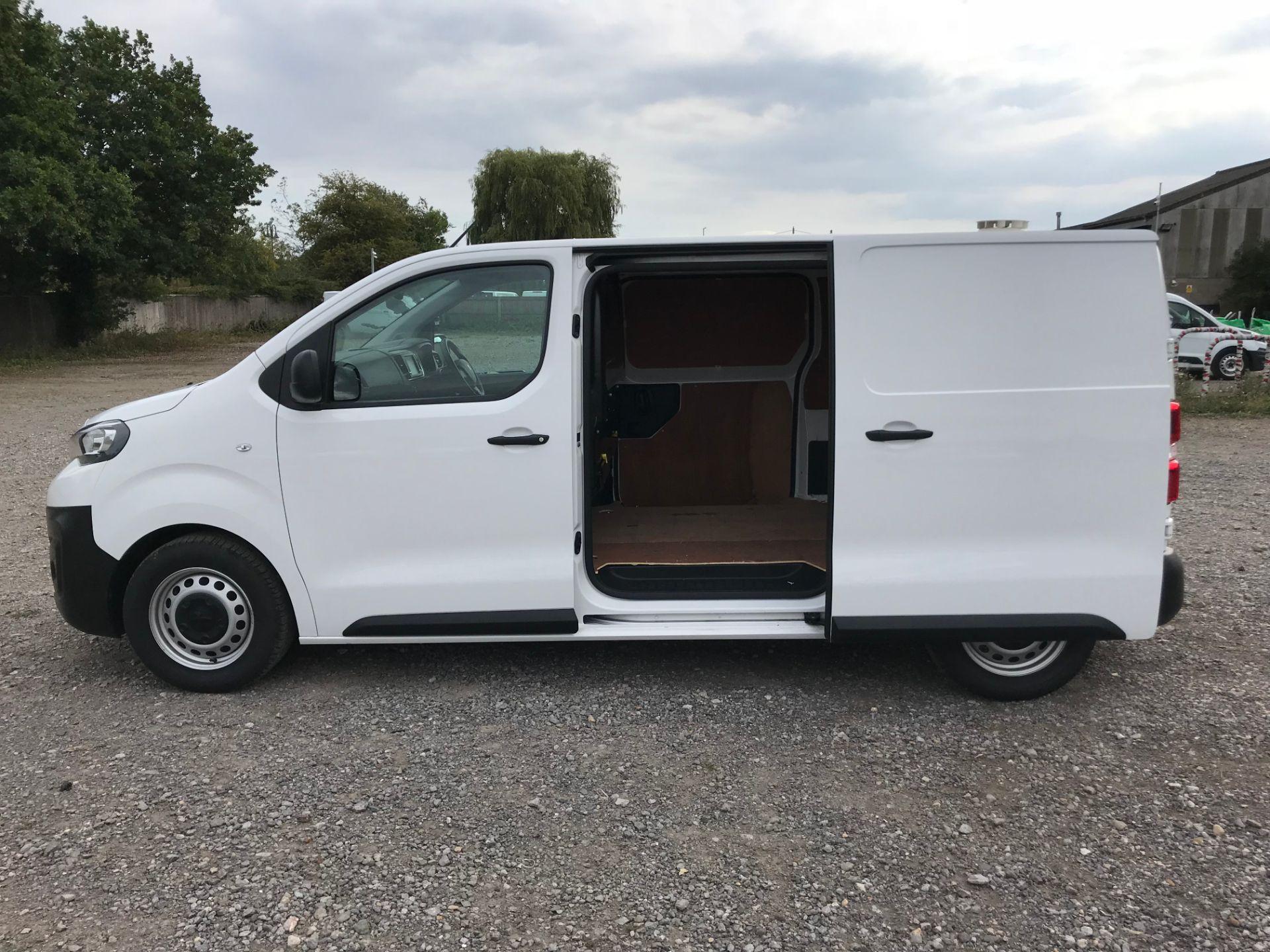 2018 Peugeot Expert 1000 1.6 Bluehdi 95 Professional Van (NU68GFK) Image 8