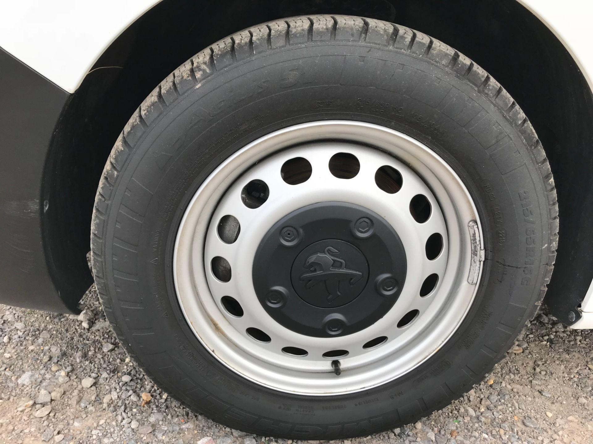 2018 Peugeot Expert 1000 1.6 Bluehdi 95 Professional Van (NU68GFK) Image 21