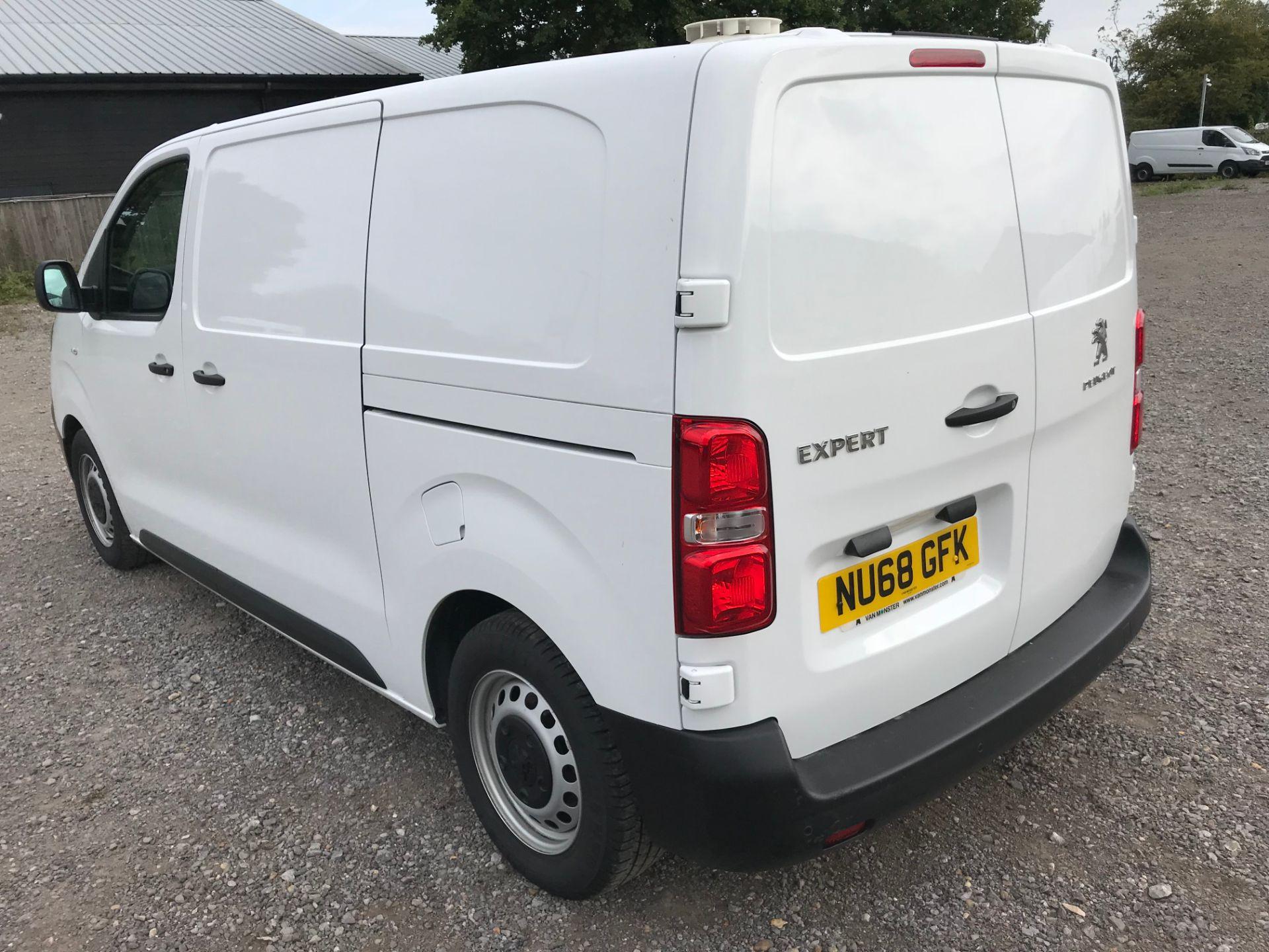 2018 Peugeot Expert 1000 1.6 Bluehdi 95 Professional Van (NU68GFK) Image 6