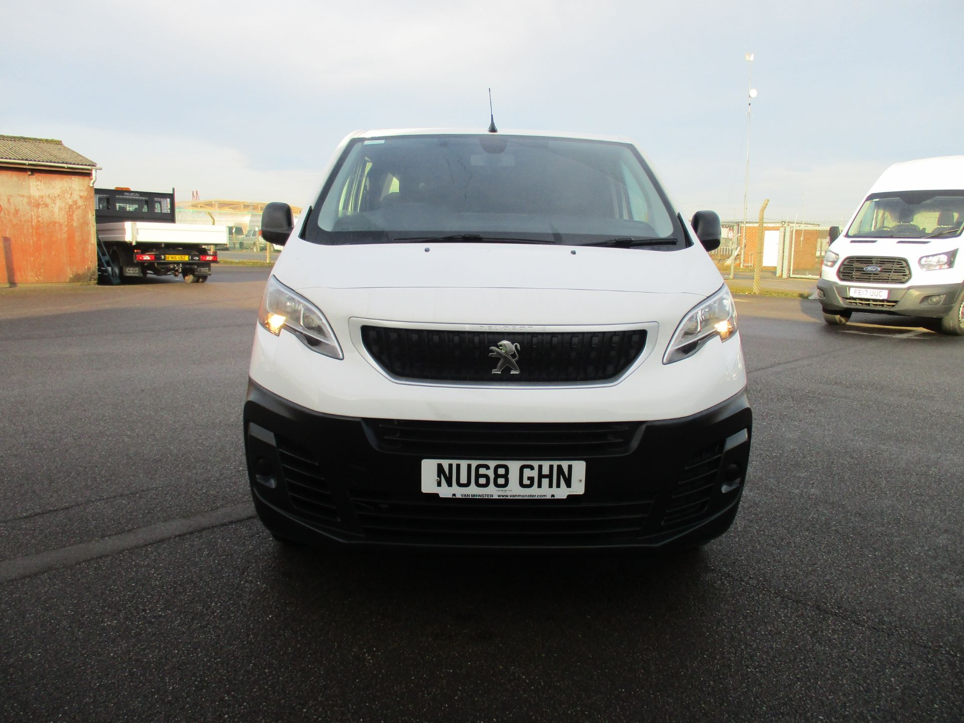 2018 Peugeot Expert STANDARD 1000 1.6 BLUE HDI 95 PROFESSIONAL EURO 6. AIR CON (NU68GHN) Image 2