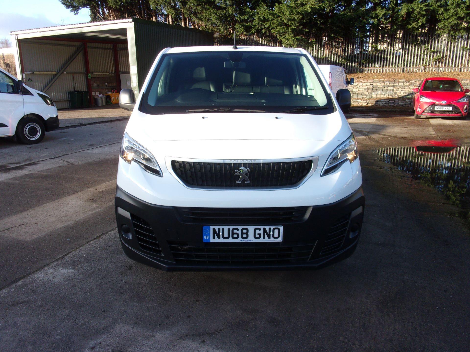 2018 Peugeot Expert STANDARD 1000 1.6 BLUEHDI 95 PS PROFESSIONAL EURO 6 (NU68GNO) Image 18