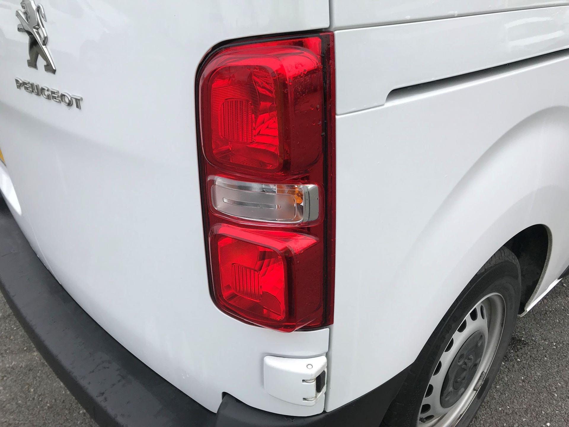 2018 Peugeot Expert   STANDARD 1000 1.6 BLUEHDI 95 PROFFESSIONAL EURO 6 (NU68GNZ) Image 15