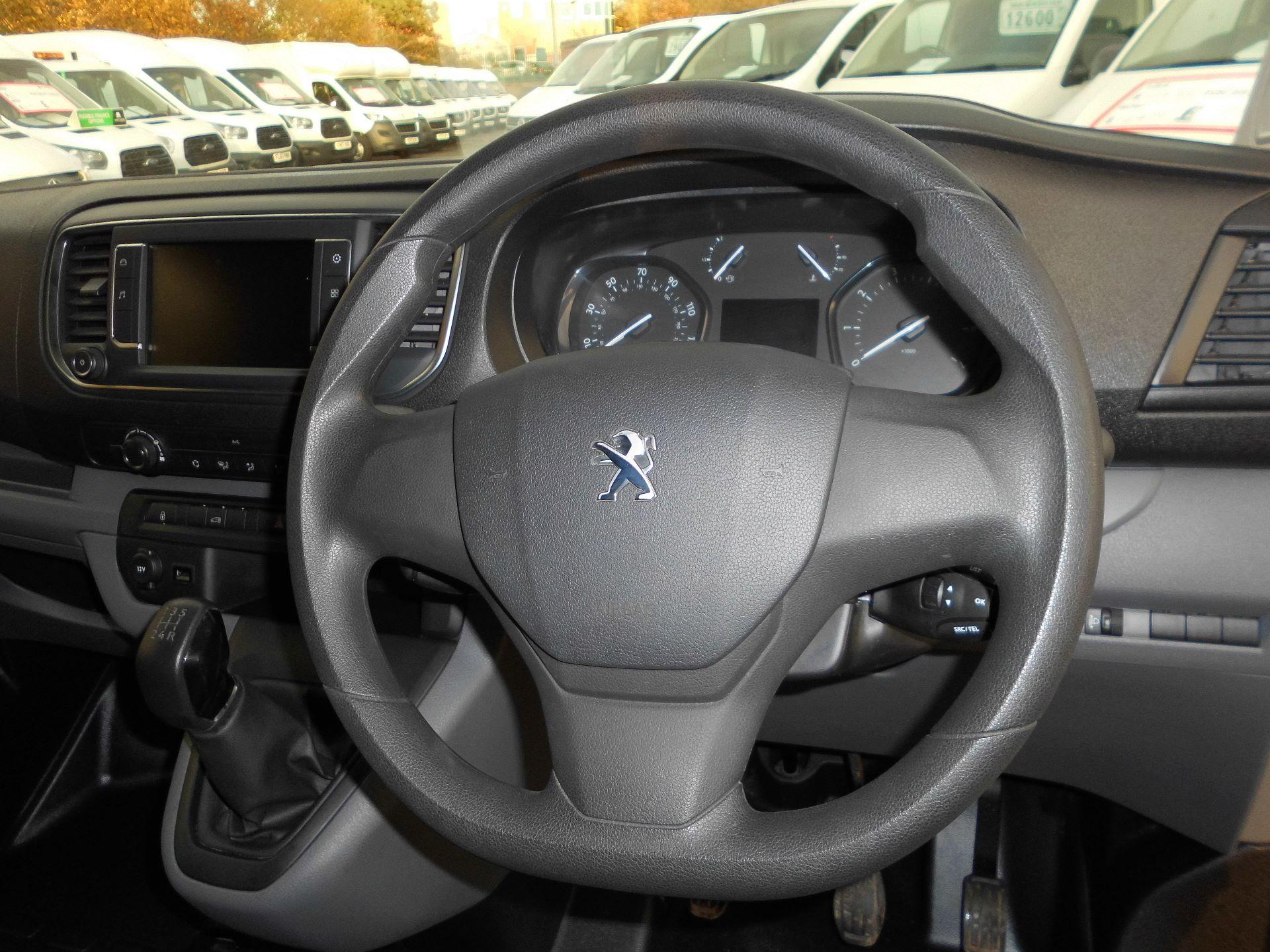 2018 Peugeot Expert STANDARD 1000 1.6 BLUEHDI 95 PROFESSIONAL EURO 6 (NU68GOH) Image 9