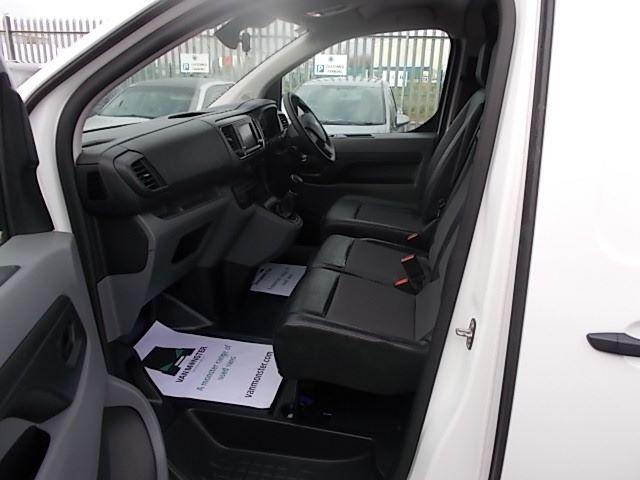 2018 Peugeot Expert STANDARD 1000 1.6 BLUEHDI 95 PROFESSIONAL EURO 6 (NU68GXY) Image 14