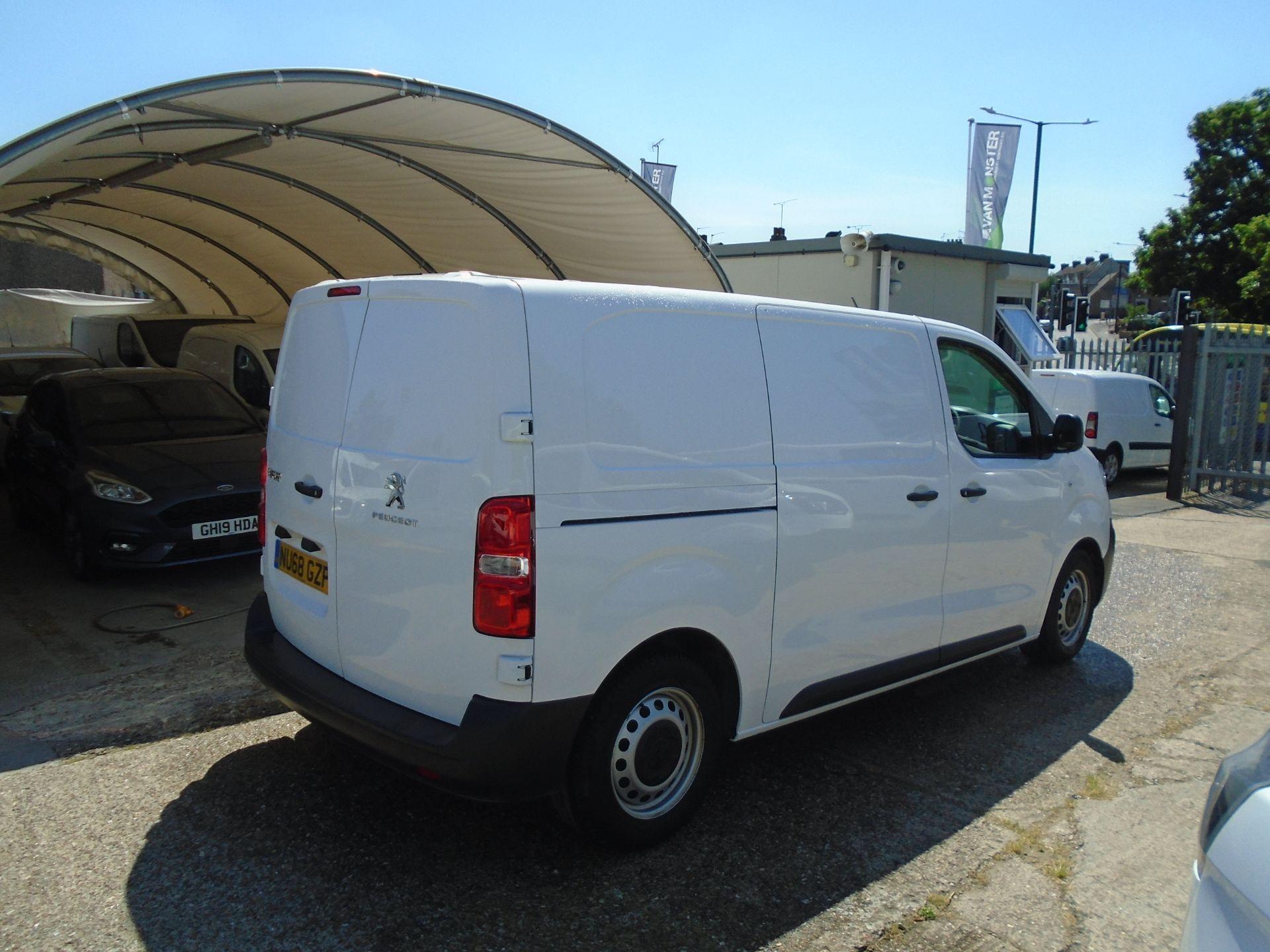 2018 Peugeot Expert 1000 1.6 Bluehdi 95 Professional Van (NU68GZP) Image 6