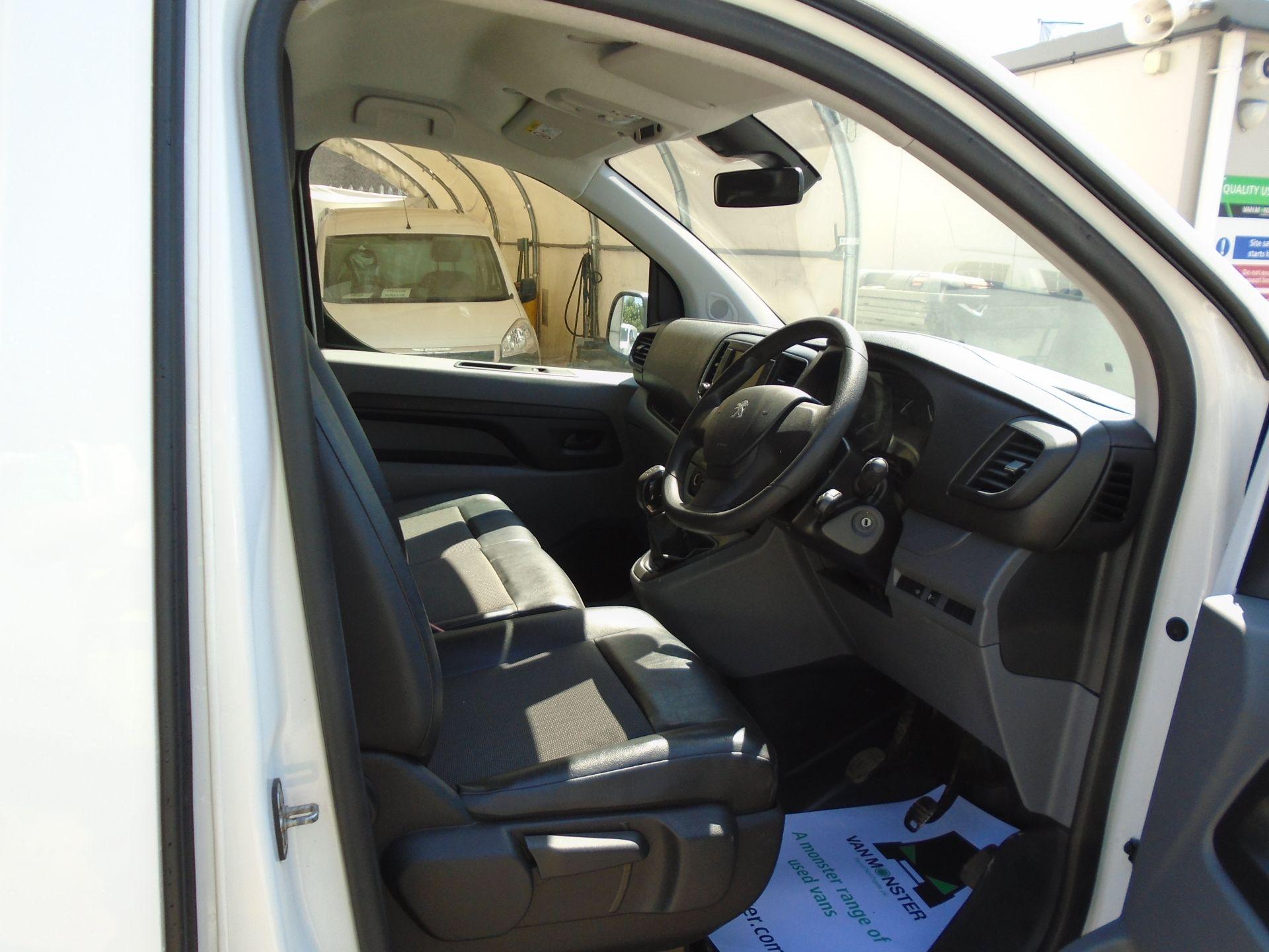 2018 Peugeot Expert 1000 1.6 Bluehdi 95 Professional Van (NU68GZP) Image 14