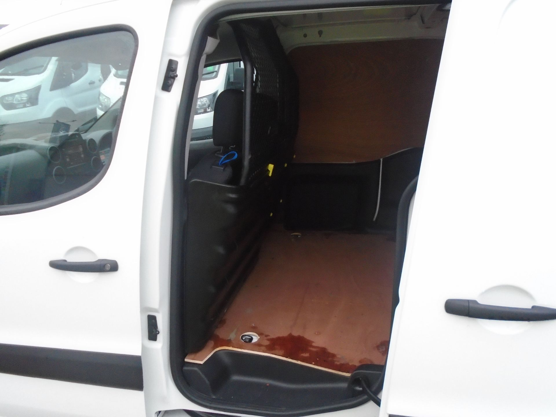 2018 Peugeot Partner 850 1.6 Bluehdi 100 Professional Van [Non Ss] (NU68LGD) Image 6