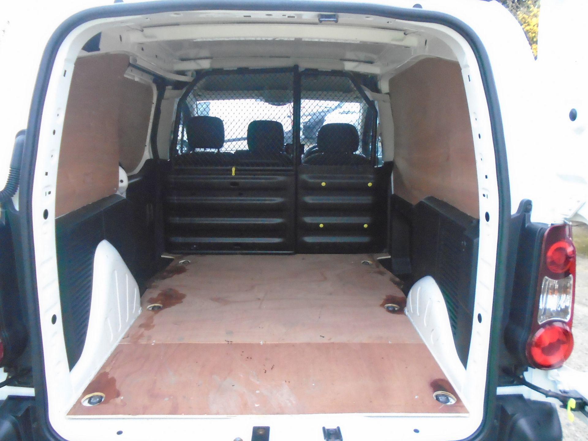 2018 Peugeot Partner 850 1.6 Bluehdi 100 Professional Van [Non Ss] (NU68LGD) Image 10