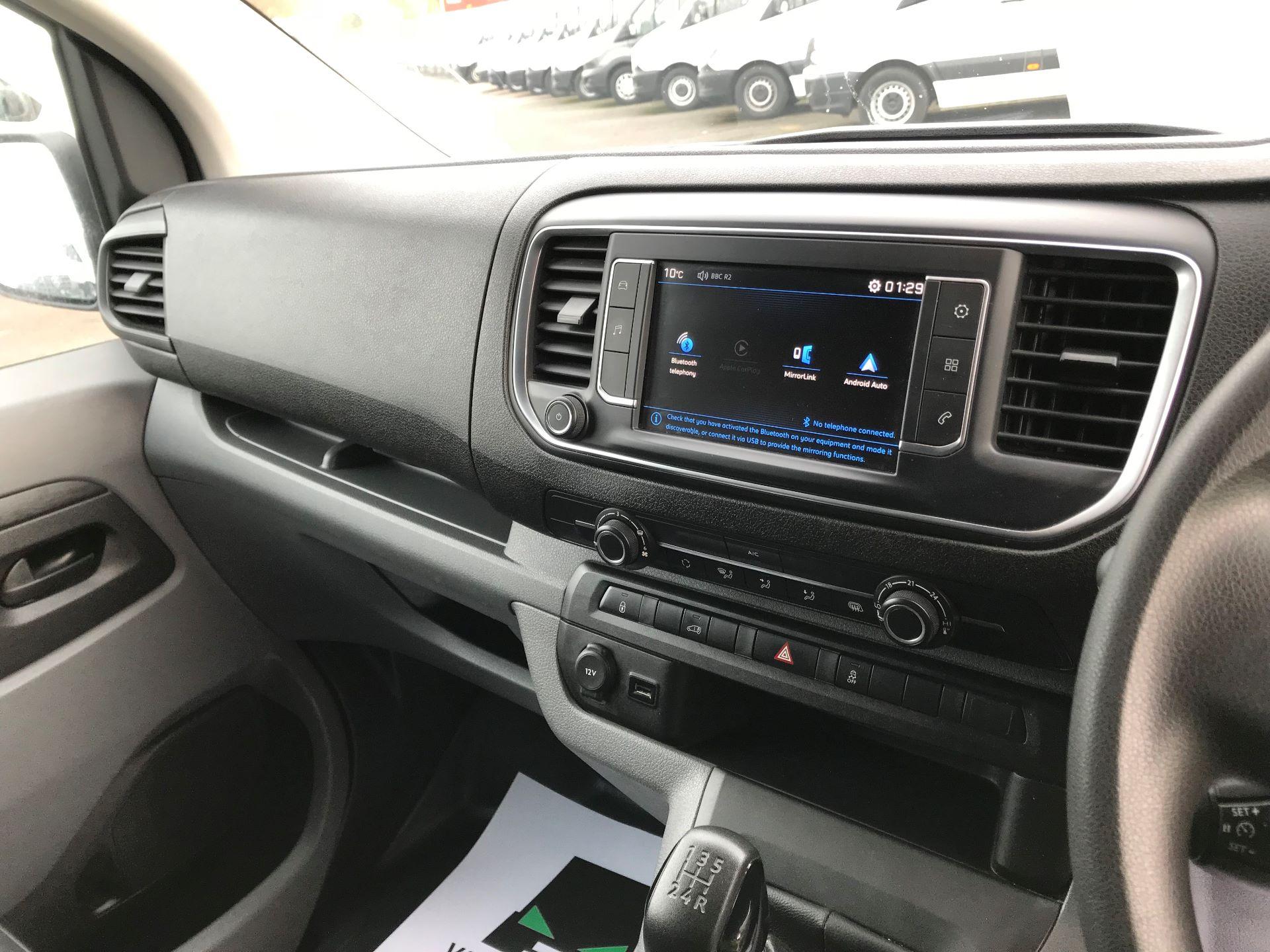 2018 Peugeot Expert   STANDARD 1000 1.6 BLUEHDI 95 PROFFESSIONAL EURO 6 (NU68MWN) Image 25