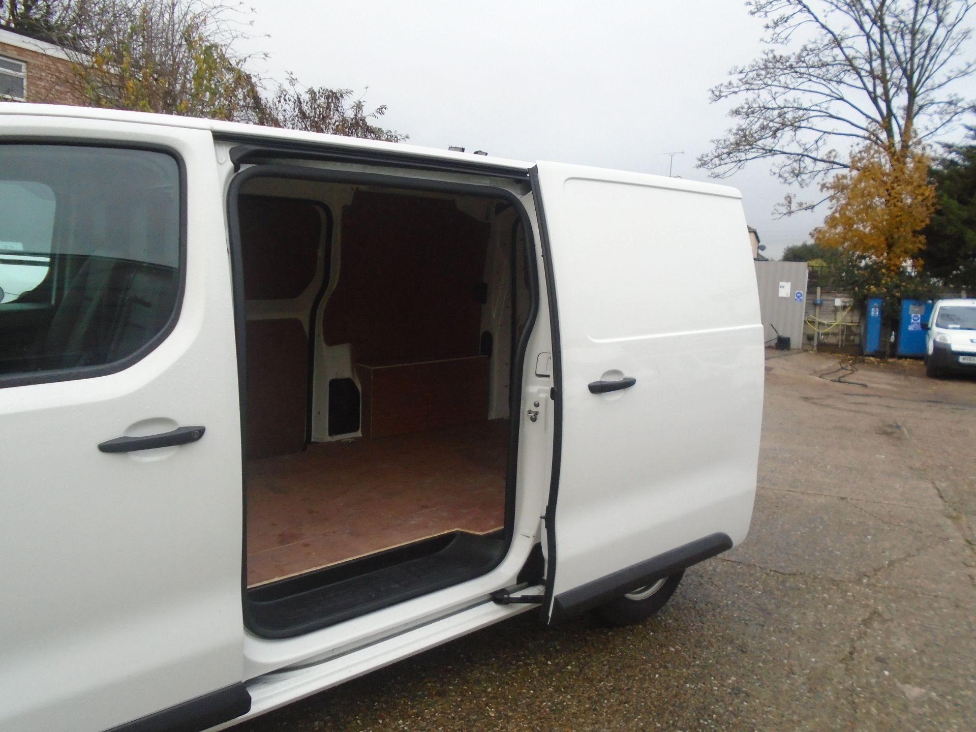 2018 Peugeot Expert 1000 1.6 Bluehdi 95 S Van (NU68ODT) Image 5