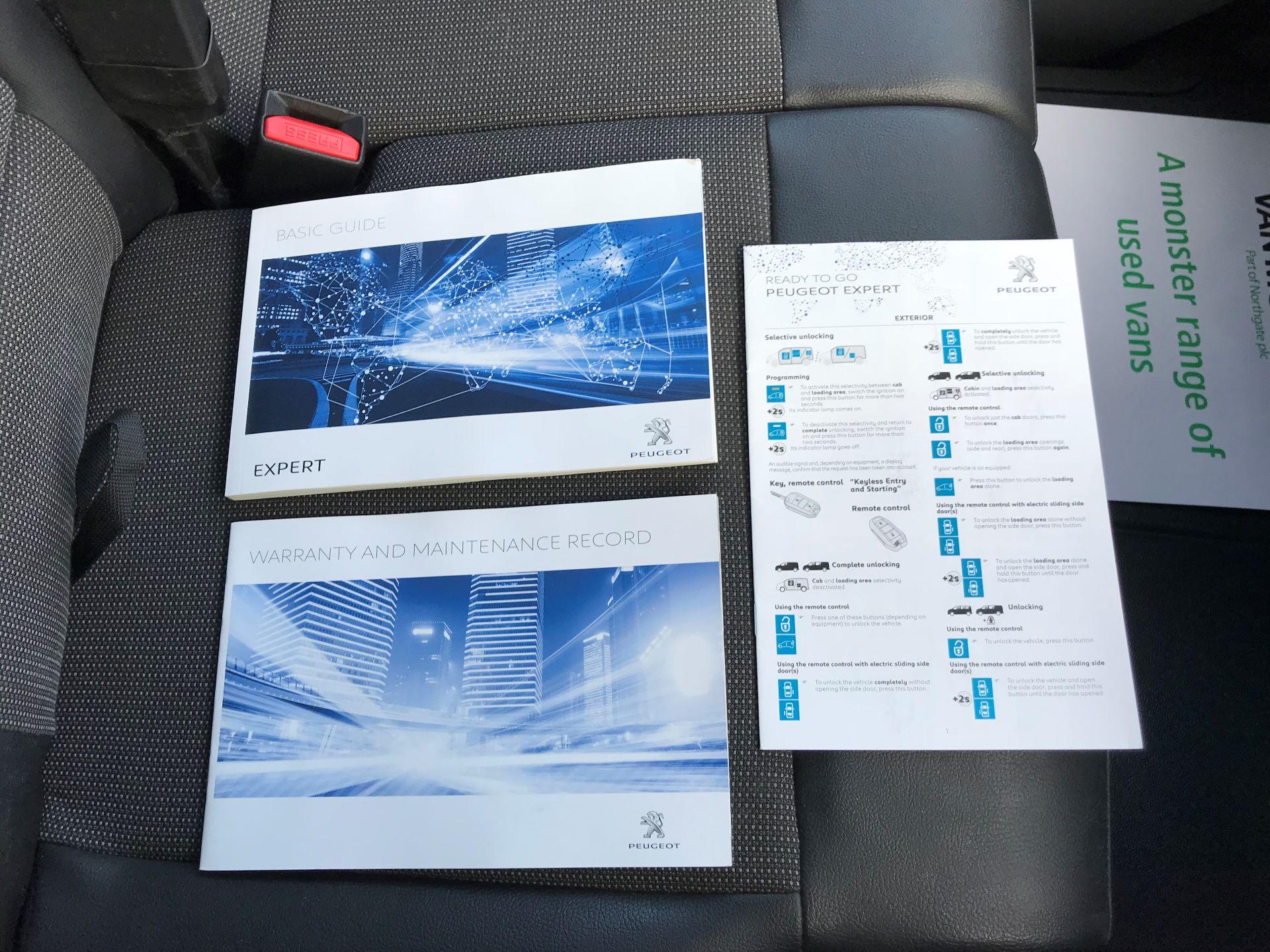 2018 Peugeot Expert  STANDARD 1000 1.6 BLUEHDI 95 S EURO 6 (NU68OFJ) Image 32