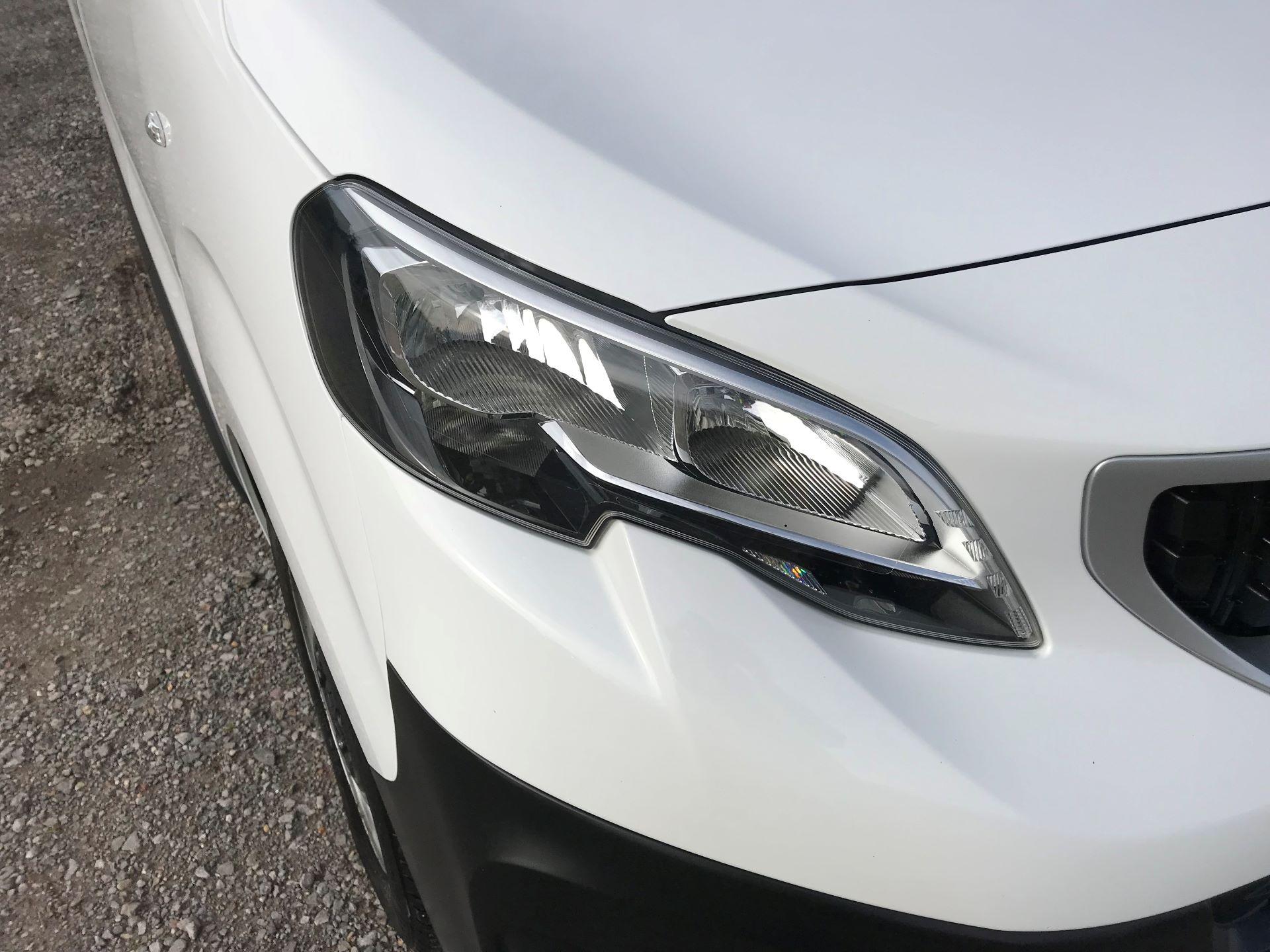 2018 Peugeot Expert  STANDARD 1000 1.6 BLUEHDI 95 S EURO 6 (NU68OFJ) Image 18