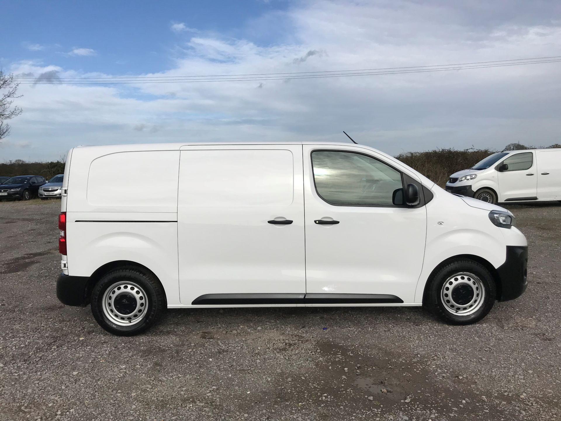 2018 Peugeot Expert  STANDARD 1000 1.6 BLUEHDI 95 S EURO 6 (NU68OFJ) Image 9